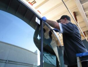 Замена автостекла на грузовых